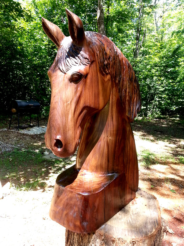 Horse head with arc in walnut wood u sleepy hollow art
